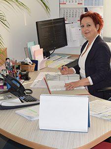BuchhaltungLohnverrechnungBirgit KadrievTel. Nr.:02630/37305-14Mail: kadriev@gwlv-ternitz.at